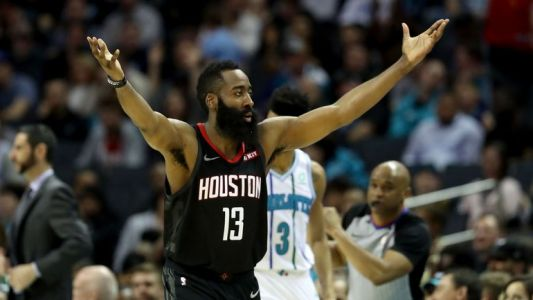 James Harden écoeure San Antonio avec 61 points