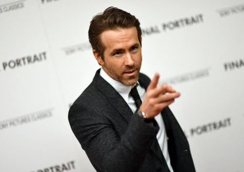 Ryan Reynolds promet une prime colossale à son club de foot en cas de promotion