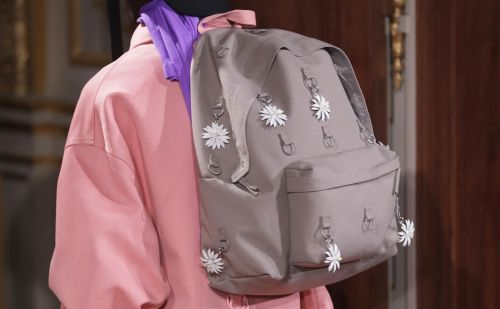 Raf Simons collabore avec Eastpak